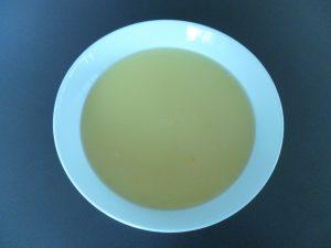 """Wenn die Kinder keine """"Stücke"""" mögen, einfach die Suppe nach dem Pürieren durch ein Sieb passieren."""