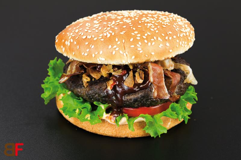 beef burger einfache rezepte f r gl ckliche g ste. Black Bedroom Furniture Sets. Home Design Ideas