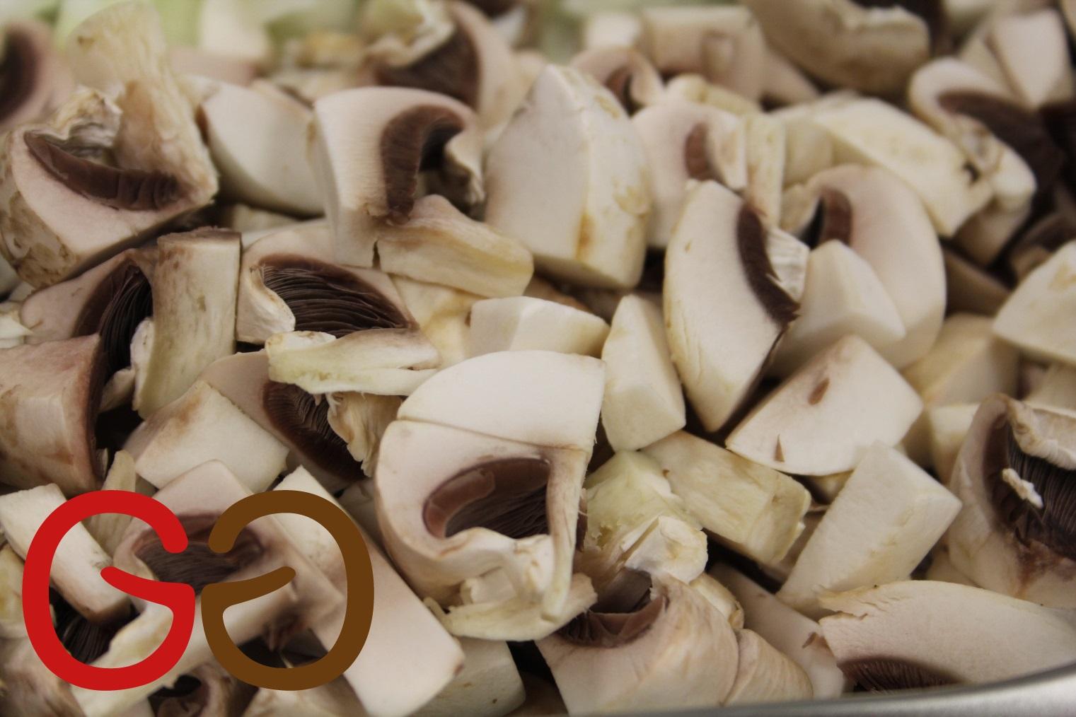 risotto vorbereitet mit frischen pilzen einfache rezepte f r gl ckliche g ste. Black Bedroom Furniture Sets. Home Design Ideas