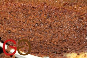 Der Kuchen sollte nicht verziert oder dekoriert werden. Bitte keine Glasur oder sonstige andere Geschmäcker mit dem Kuchen vermischen.